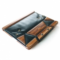 Design Leather Cover for iPad2/3木製ケースにレザーカバー付