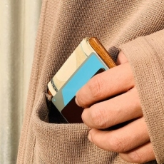 木と革のお札/カード入れ01