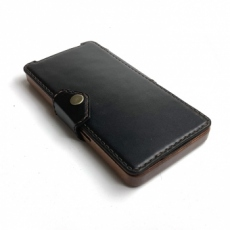 Apple iPhone 12 Pro Max 専用 木と革のデザインケース