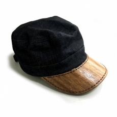別注: キャップへの木製装飾