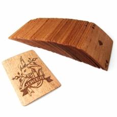木和紙製のトランプ