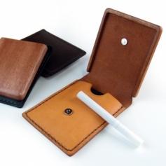 木と革のコラボ/携帯灰皿カバーA